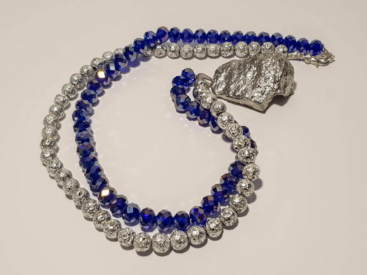 Εικόνα της Woman's Necklace with crystal beads, lava stones , big silver rock Pendant . Handmade