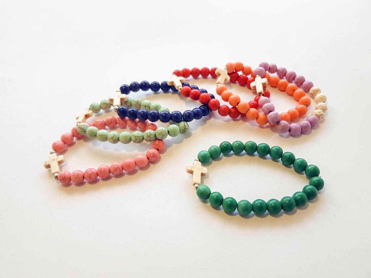 Picture of Woman's Bracelet with chaolite beads and chaolite cross  Handmade Various Colors