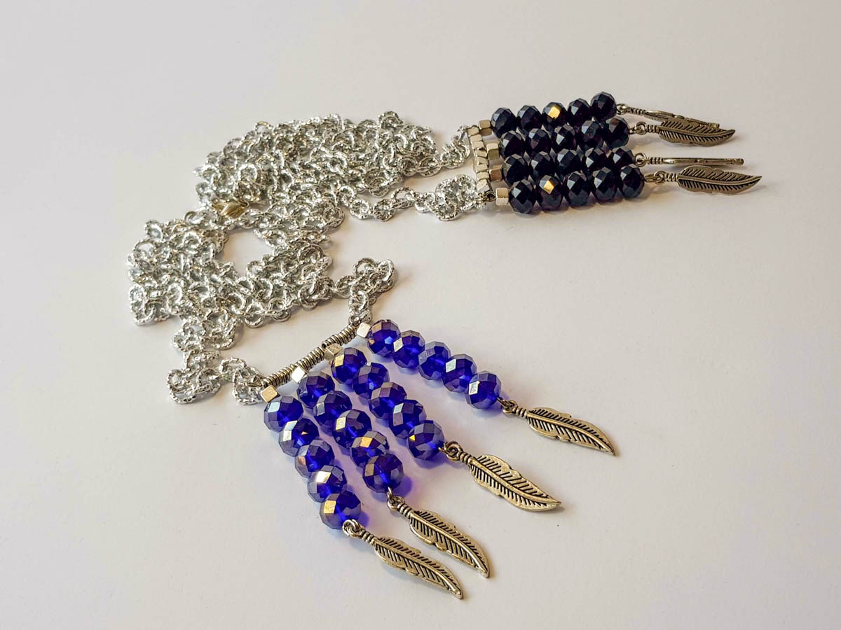 Picture of Woman's Necklace with crystal beads 10mm and metallic Indian feathers. Handmade. Various Colors
