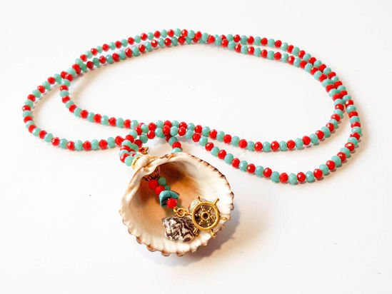 Εικόνα της Woman's Necklace with crystal beads,  metallic elements and natural seashells. Handmade.
