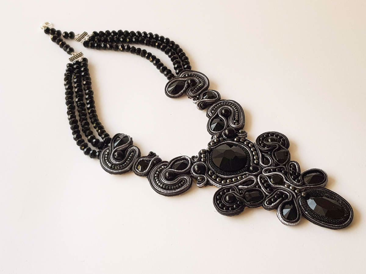 Εικόνα της Woman's Soutache Necklace with various size crystal beads. Handmade Black