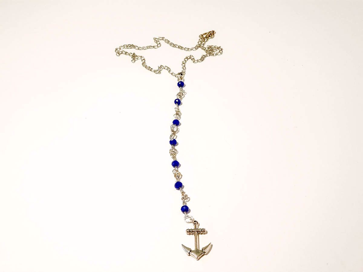 Εικόνα της Woman's Necklace with blue crystal beads and a metallic anchor pendant  Handmade.